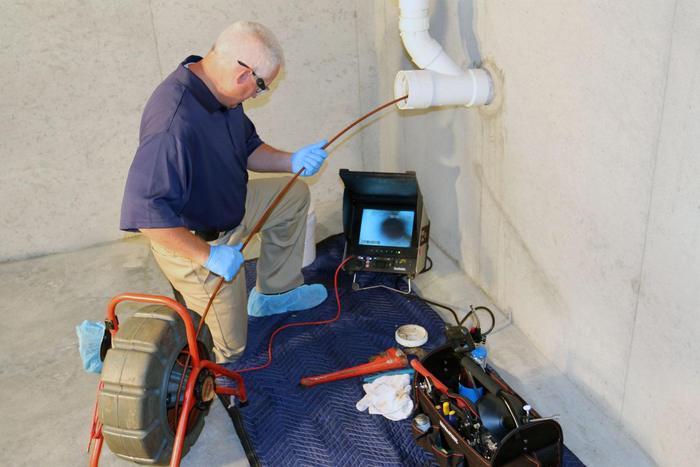 Une caméra pour inspecter la tuyauterie, quel intérêt ?
