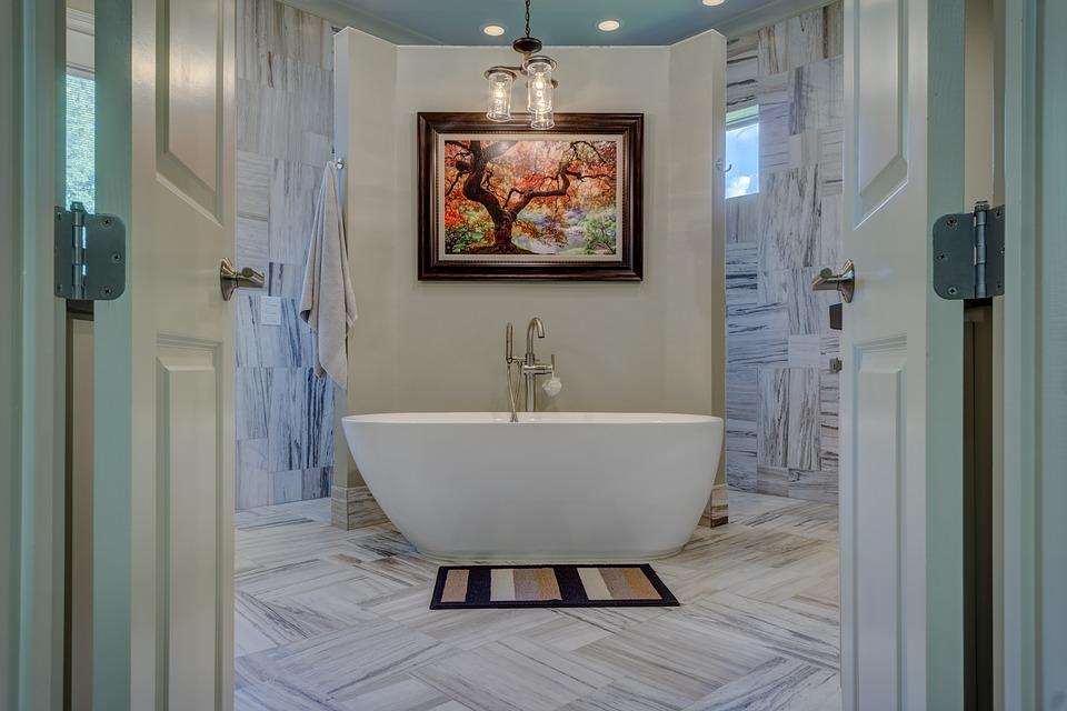 Bien-être et confort : savoir choisir une baignoire pour sa salle de bain